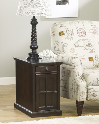 Ashley Furniture T127-668