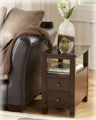 Ashley Furniture T477-7