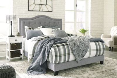 Ashley Furniture B090-381