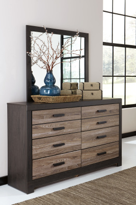 Ashley Furniture B325