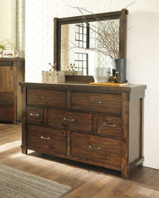 Ashley Furniture B718
