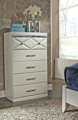 Ashley Furniture B351